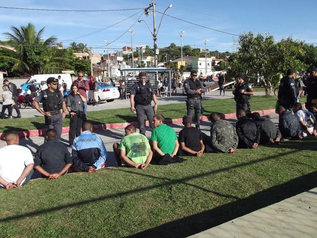 operação pm pc bope cabo frio (Foto: Tomás Baggio / G1)