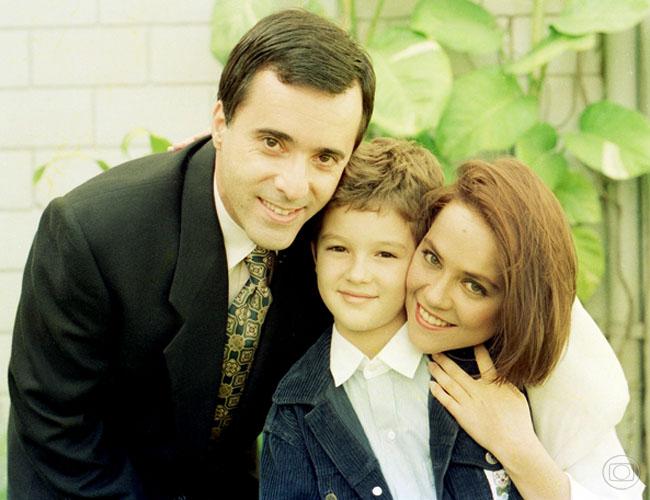 Tony Ramos, Eduardo Caldas, Viviane Pasmanter em Felicidade (Foto: Acervo Globo)