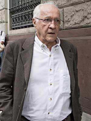 Em imagem de agosto de 2013, João Roberto Zaniboni, ex-diretor da CPTM, chega para depor no Ministério Público, em São Paulo (SP). (Foto: Arquivo/Eduardo Knapp/Folhapress)