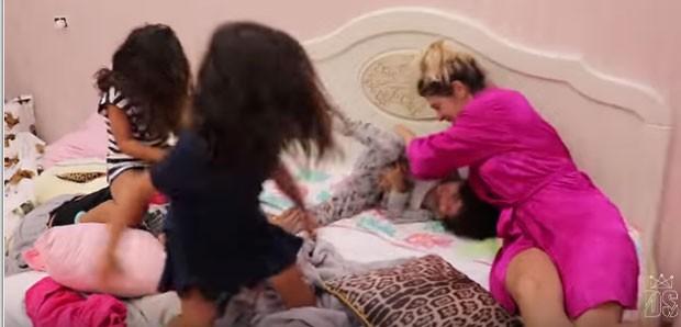 Dani Souza, Dentinho e os filhos (Foto: Reprodução)