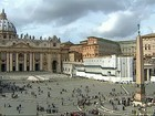 Basílica de São Pedro é preparada para primeira aparição do novo Papa