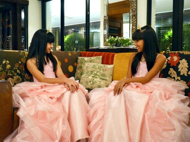 Júlia Real (esq.) e Júlia Lemos (dir.), fundadoras do Clube das Princesas em Ribeirão Preto (Foto: Fernanda Testa/G1)