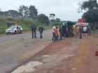 Homem furta carro, tomba veículo durante fuga e acaba preso
