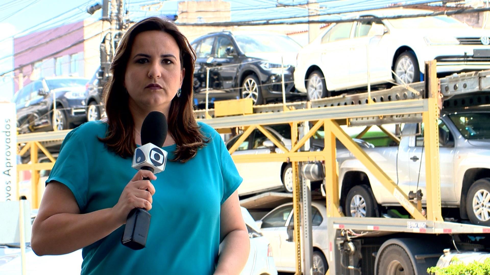 ESTV 1ª Edição destaca o perigo para os motoristas de caminhão cegonha (Foto: Divulgação/ TV Gazeta)