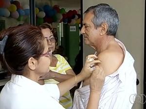 Campanha de vacinação contra a gripe é prorrogada até o dia 3 de junho (Foto: Reprodução/TV Anhanguera)