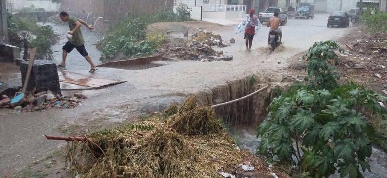 Chuva em Toritama  (Foto: Ney Lima/Divulgação)