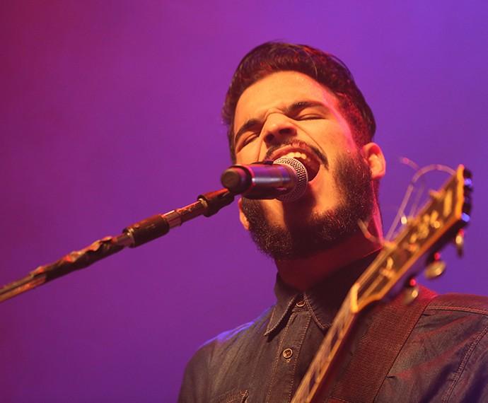 Criston Lucas arrasa no palco com a música de abertura 'Marte' (Foto: Isabella Pinheiro/Gshow)