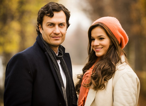 Bruna Marquezine e Gabriel Braga Nunes são apostas para engrenar 'Em Família'
