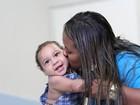 'Vou lutar por sociedade inclusiva para ele', diz mãe de bebê com microcefalia