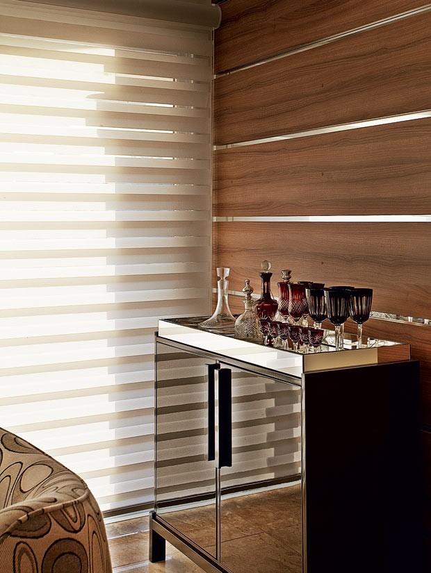 persiana-bar-madeira (Foto: Divulgação)
