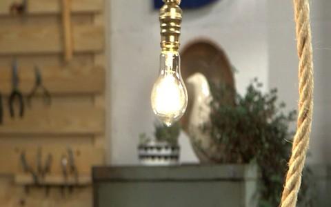 Faça você mesmo: luminária pendente de corda de sisal