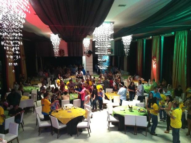 Banda ofereceu festa para convidados em um buffet na Zona Centro-Sul de Manaus (Foto: Marcos Dantas/G1)