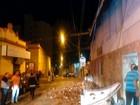 Duas pessoas ficam feridas após queda de marquise em Passos, MG