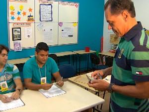 Prefeito João Henrique vota em Salvador Bahia (Foto: Imagem/TV Bahia)