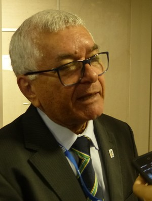 Manoel Luiz de Oliveira, presidente da Confederação Brasileira de Handebol (Foto: Matheus Tiburcio)
