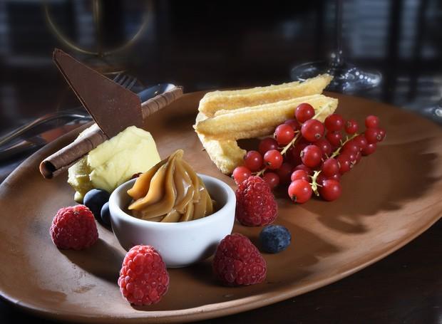 churros crocante com sorvete de doce de leite (Foto: Divulgação)
