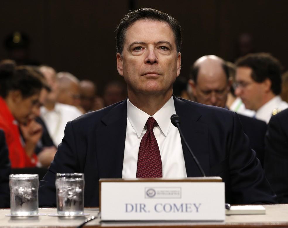 Ex-diretor do FBI, James Comey, durante depoimento no Senado (Foto: REUTERS/Jonathan Ernst)