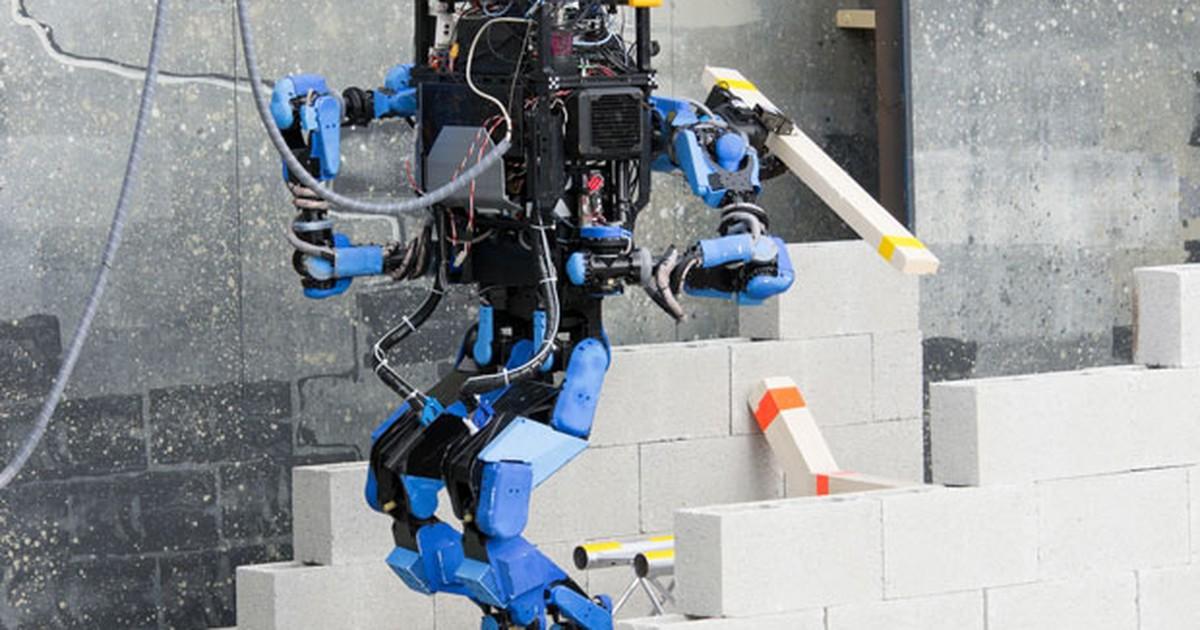 Startup do Japão vence desafio de robôs criados para resgatar humanos