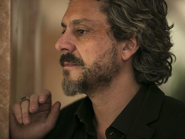 O Comendador saca o clima entre eles (Foto: Inácio Moraes/TV Globo)