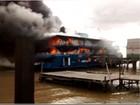 Barco da Caixa Econômica Federal é destruído por incêndio, no Pará