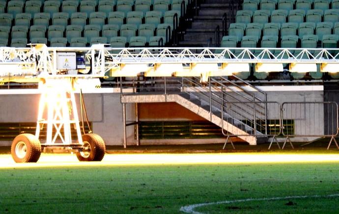 Gramado arena do Palmeiras iluminação (Foto: Tossiro Neto)