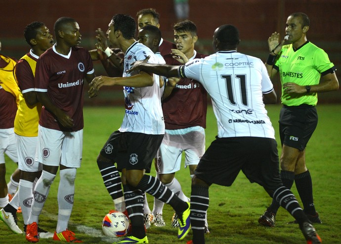 Campeonato Capixaba 2015: Desportiva Ferroviária x Rio Branco-ES (Foto: Carlos Alberto Silva/A Gazeta)