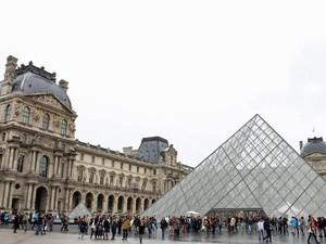 Museu do Louvre, em Paris (Foto: Ana Carolina Peliz/Especial para o G1)