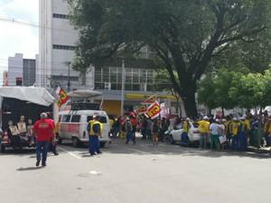 concentração de protesto no centro  (Foto: Ulisses Gomes/ Arquivo pessoal)