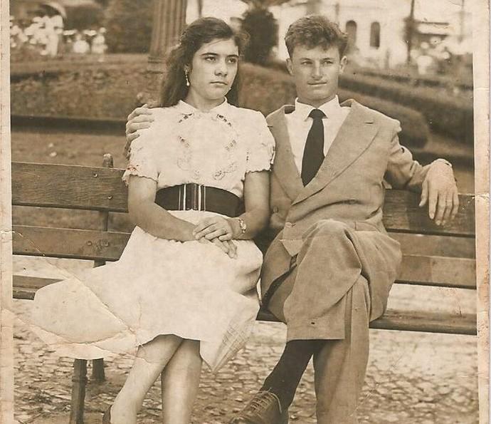 Lua de mel de meus pais em Porto Alegre, em 1950 (Foto: Enviada por Susimary Estefanuto, de Arapongas - PR)