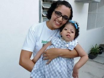 Vanessa escolheu lutar por Ana Julia, mesmo quando os médicos diziam para desistir (Foto: Katherine Coutinho / G1)