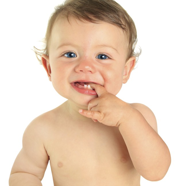 dedo; bebê; boca (Foto: Thinkstock)