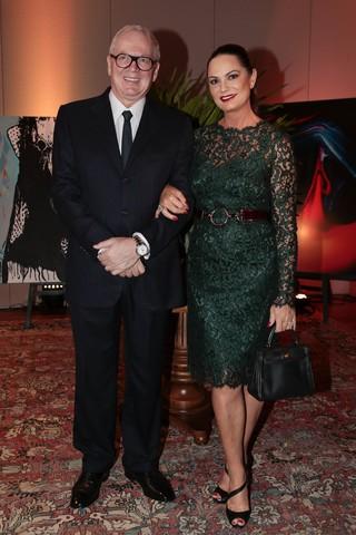 Luiza Brunet com o namorado, o empresário Lírio Parisotto (Foto: Rafael Cusato/Brazil News)