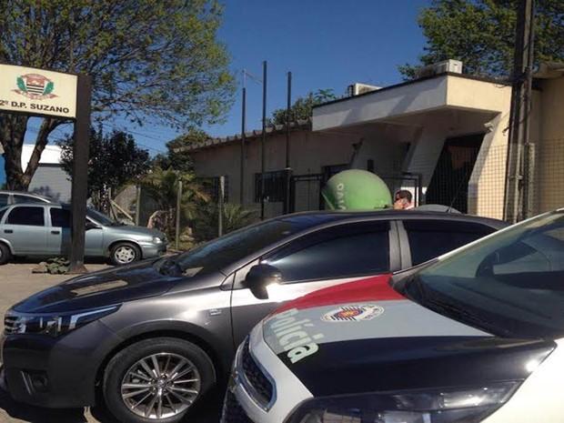Crime foi registrado no 2° Distrito Policial de Suzano (Foto: Eliezer Prado/TV Diário)