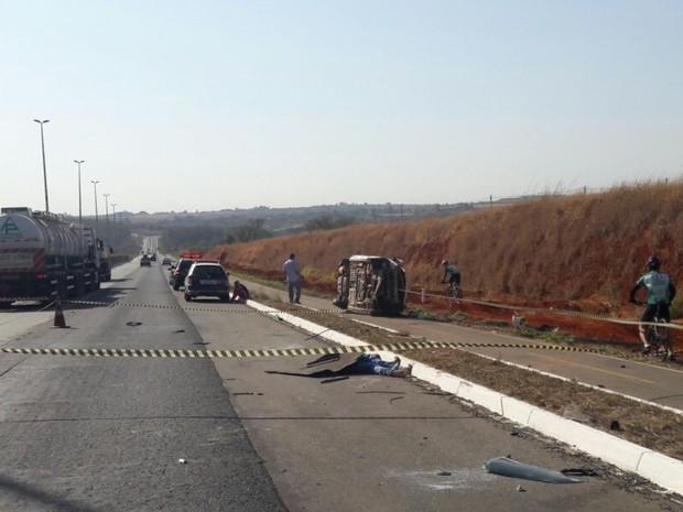 Homem morre em acidente na GO-020, em Goiânia, Goiás (Foto: Divulgação/ Dict)