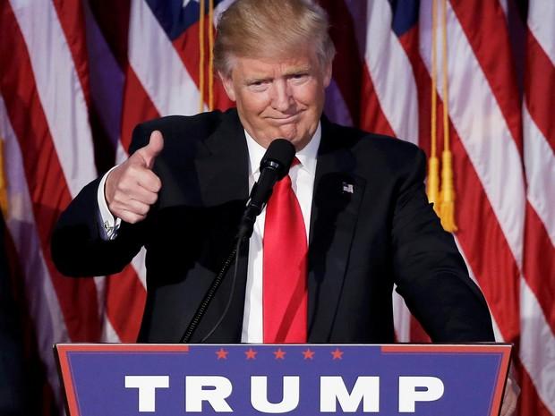 O presidente eleito dos EUA, Donald Trump, discursa para apoiadores em NY (Foto: Mike Segar/Reuters)