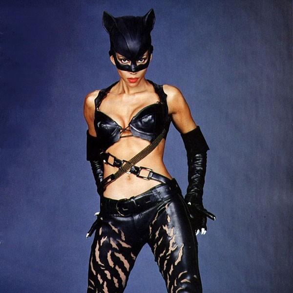 Halle Berry - 'Mulher-Gato' (2004) (Foto: Divulgação)
