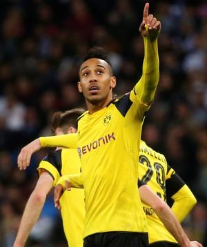 Aubameyang comemora gol do Borussia Dortmund contra o Real Madrid (Foto: Susana Vera/Reuters)