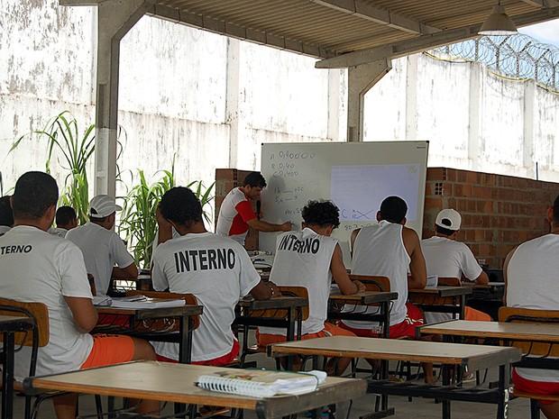 Internos de unidade prisionais de Sergipe fazem o Enem (Foto: Sejuc / Divulgação)