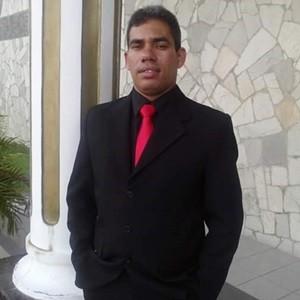 Hélio Catarino da Silva, que trabalha no Hospital de Custódia, na Zona Norte da cidade, estava de folga (Foto: Divulgação/PM)