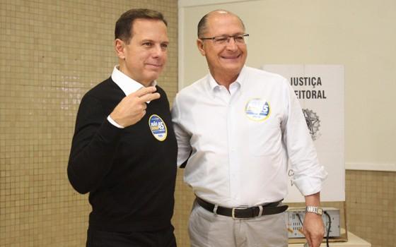 João Doria Jr., candidato do PSDB à prefeitura de São Paulo, com o governador Geraldo Alckmin (Foto: Luiz Claudio Barbosa/Codigo19 / Ag. O Globo)