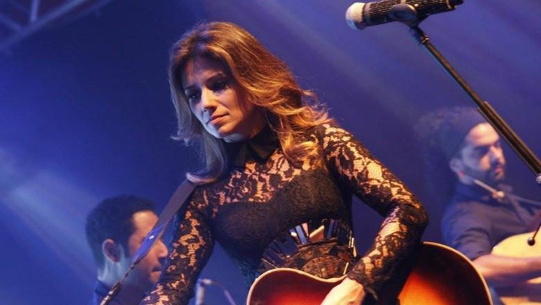 paula-fernandes-cantora (Foto: Reprodução/ Facebook Paula Fernandes)
