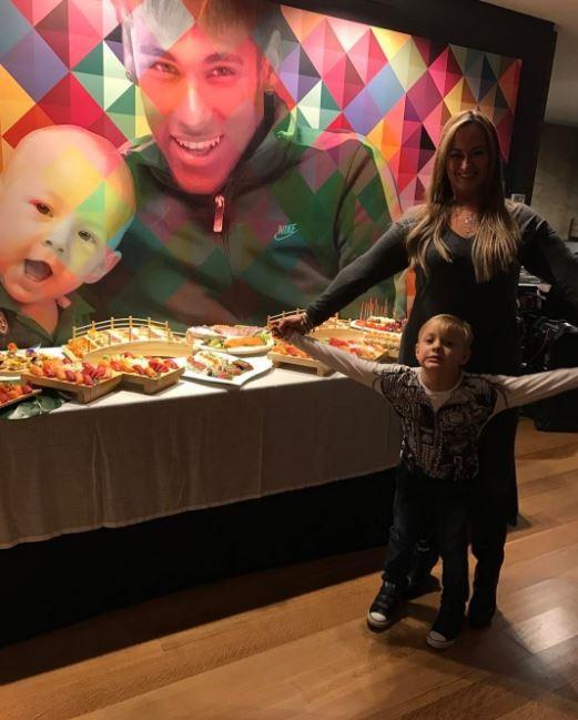 Comemoração do aniversário de Neymar (Foto: Instagram / Reprodução)