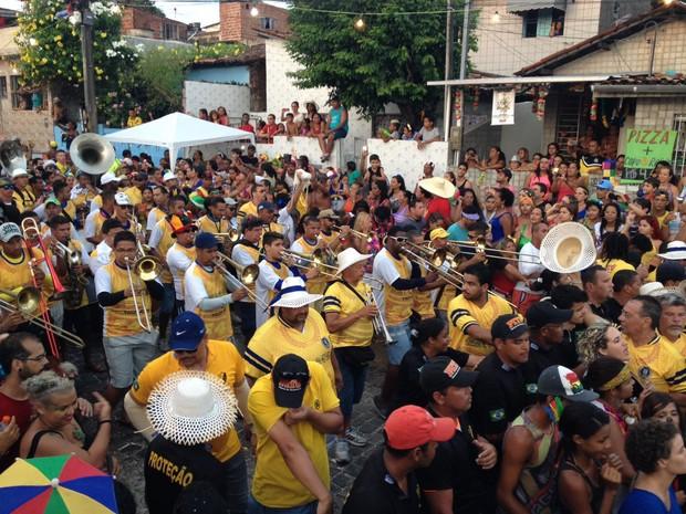 Ceroula no Largo de Guadalupe, em Olinda (Foto: Lorena Andrade/G1)