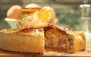 Torta de bacon com ovo