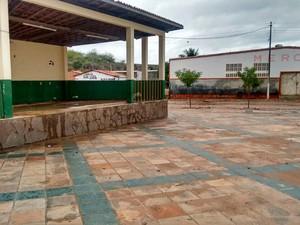 Alguns pontos de Lajedinho já estão sem lama neste domingo (Foto: Defesa Civil de Lajedinho/Divulgação)