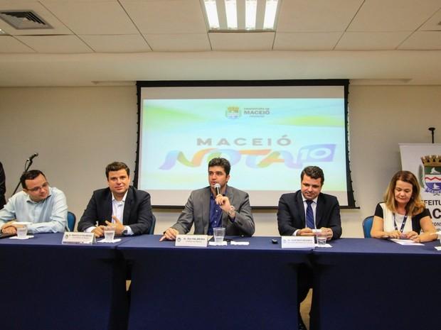 Lançamento do programa Maceió Nota 10. (Foto: Pei Fon/ Secom Maceió)