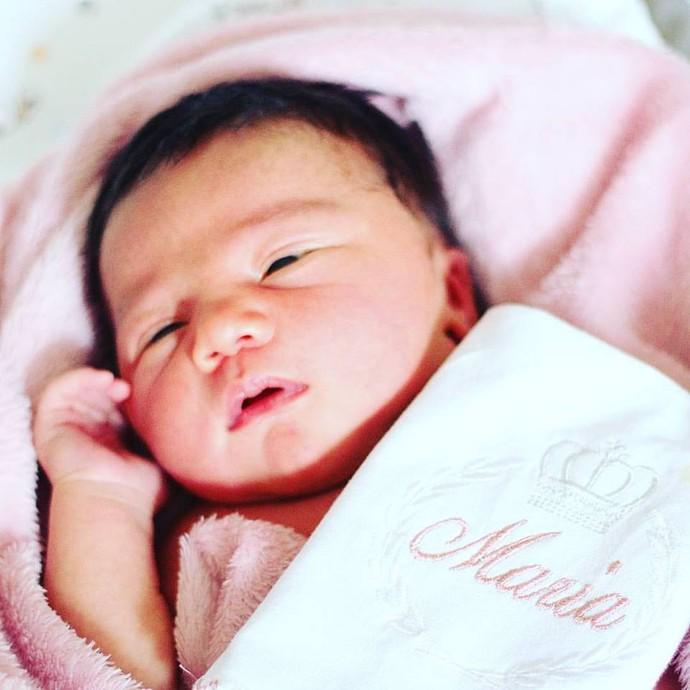 Maria nasceu no domingo, dia 2 de outubro, pesando 3,610 (Foto: Arquivo Pessoal / Marcos Paiva)