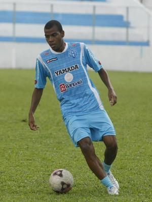 Régis quer mostrar um bom futebol na ala esquerda (Foto: Marcelo Seabra/O Liberal)