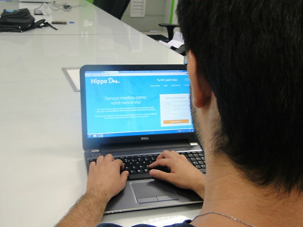 Plataforma promete atendimento médico em até 48 horas por valores entre R$ 70 e R$ 300 (Foto: Gabriela Castilho/G1)