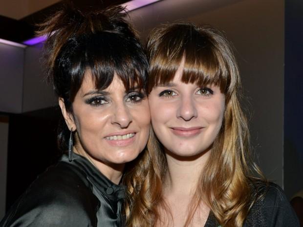 Fernanda Abreu e a filha Sophie em show no Rio (Foto: Cristina Granato/ Divulgação Fernanda Abreu)